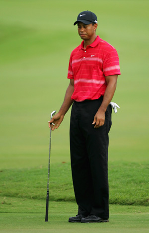 tiger-woods-golf.jpg